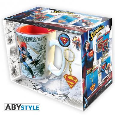 PACK - DC COMICS - MUG + KEYCHAINS + BADGES